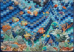 Coral Reef quilt by Denyse Saint - Arroman | Patchwork Perles et Broderies.  Bargello background with appliqued fish and plants.