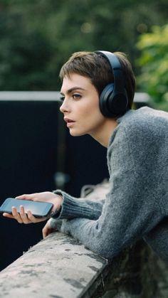 144 Best Girls Wearing Headphones Images In 2020 Wearing Headphone Girl With Headphones Headphones