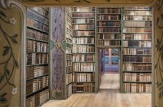 Photographer Reinhard Görner has spent almost 10 years photographing the interiors of beautiful libraries across Europe and the United States. Beautiful Architecture, Contemporary Architecture, Landscape Architecture, City Library, Dream Library, Library Ideas, All Over The World, Around The Worlds, Library Architecture