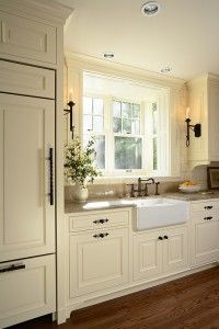 Love this Kitchen by Georgiana design