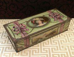 Beautiful+Lady+Antique+Biscuit+Tin+Vintage+Candy+door+tinprincess