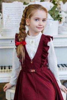 Ткани и шерсть для игрушек,кукол Тильд и др. Baby Dress Design, Frock Design, Kids Winter Fashion, Kids Fashion, Little Girl Dresses, Girls Dresses, Moda Kids, Dress Anak, School Dresses