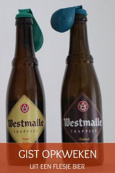Bij het opkweken van gist uit een flesje 'commercieel' bier activeer je de gist in het gistdepot op de bodem van de fles. Sauce Bottle, Beer Bottle, Soy Sauce, Drinks, Crafts, Manualidades, Soy Candle, Drink, Craft