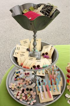 Display Idea: this container makes small items hard to miss!