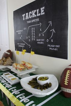 """Tackle Your Appetite"" Super Bowl Party Idea- love the chalkboard idea - Super Bowl İdeas Football Banquet, Football Tailgate, Football Themes, Football Birthday, Tailgate Food, Football Food, Tailgating, Football Party Decorations, Football Season"