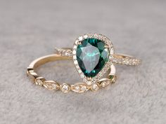 2pc Emerald Ring Bridal SetEngagement ring Yellow by popRing