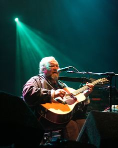 The late great John Martyn at the Cropredy Festival