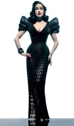 Weblyest - Dita Von Teese rocking the first ever 3D printed dress (12 Photos)