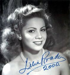 Lilia Prado (March 1928 – May was a Mexican actress and dancer. After winning a beauty contest she started working in the Mexican cinematographic industry, first as an extra, and later on in leading roles. Timeless Beauty, Classic Beauty, Bridget Fonda, Old Hollywood Actresses, Mexican Actress, Divas, Spanish Art, Old Movie Stars, Mexican Artists