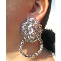 LeijonaRengas Upeat leijona-korvakorut! Hopeaa, painavampaa korumetallia. Pituus n. 7,5 cm. Tappikiinnitys. Ei sis. nikkeliä. USA. - See more at: http://somemore.fi/tuotteet.html?id=20/603#sthash.gFHdrHRE.dpuf