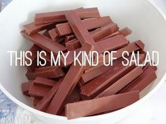 Give me a break of that Kit Kat Bar! (Personally I love salad but a kit kat would probably make a tasty side or dessert to a salad meal. Fries, Food Porn, Entertainment, Kinds Of Salad, Cacao, Girly Things, The Best, Funny Pictures, Funny Pics