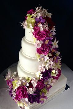 Wedding cake My Flower, Flowers, Wedding Cakes, Desserts, Christmas, Food, Flats, Wedding Gown Cakes, Tailgate Desserts