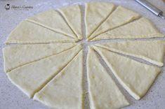 cornuri extra pufoase cu gem de zmeura 102 Bread, Desserts, Food, Tailgate Desserts, Deserts, Eten, Postres, Dessert, Bakeries