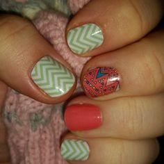 Boomerang over Grapefruit paired with Mint Green Chevron Jamberry wraps #pink #coral #blue #combination #manicure #nails #nailart