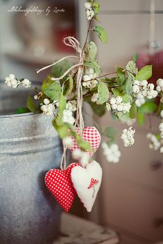 love the galvanized bucket and hearts