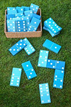 blue backyard dominos game on grass