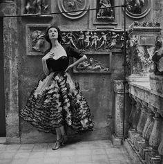 photographer: Genevieve Naylor (CORBIS) Harper's Bazaar, 1952Dorian Leigh  in Simonetta Visconti  Rome 1952 via dovima_is_devine_II  The Sandman Chronicles: Tribute: Dorian Leigh, Fire and Ice queen of fashion