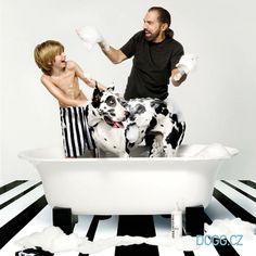 #Koupání psa teď bude #zábava! www.dogg.cz #paulmitchell #johnpaulpet #kosmetika #psi #mazlíčci #šampon