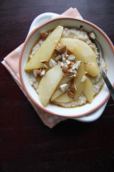 steel cut oats w/ cinnamon pears ++ chocolate shavings