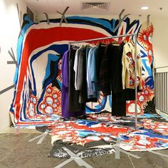 "DOVER STREET MARKET NEW YORK, ""Installation by Charles Jeffrey', pinned by Ton van der Veer Dover Market, Dover Street Market, Market Displays, Store Displays, Mens Modern Clothing, Boutique Store Front, Fashion Installation, Cool Store, Retail Store Design"