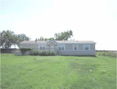 Near Hwy 97 & I-37  Floresville, TX 78144  4 Bedroom 2 Bath 2005  2150 SQFT 1.01 Acres