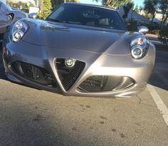 #alfaromeo #4c #alfaromeo4c #supercarsunday #losangeles #california #carsandcoffee