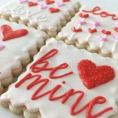 Cookies For Kids, Fancy Cookies, Cut Out Cookies, Cute Cookies, Cupcake Cookies, Heart Cookies, Valentine's Day Sugar Cookies, Iced Cookies, Royal Icing Cookies