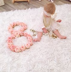 Half Birthday Baby, Baby Chanel, Monthly Baby Photos, Cute Baby Girl Pictures, Baby Girl Christmas, Newborn Baby Photography, Baby Milestones, Cool Baby Stuff, Baby Month By Month