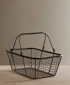 Wire Bread Basket - cute for pantry and countertop storage