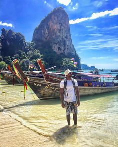 #throwback to probably 1 of the coolest places I've ever been in the world. Railway Beach in Krabi, Thailand ���� . . . . . . . . #thailand #thailand_allshots #thailand���� #thailandinstagram #railaybeach #thailandonly #amazingthailand #travelthailand #thailand_ig #holiday #holidays #holidayfun #vacation #holidayseason #holidayblues #allsmiles #funtimes #railay #travelogue #travelph #travelasia #travellove #traveltips #travelnow #traveldiary  #travelnoire #krabi #throwbackthursday #beach…