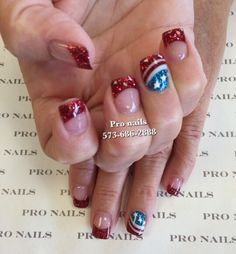 Solar power Patriotic 4th of July nails