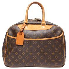 Pre-Owned Louis Vuitton Monogram Canvas Deauville Bag In Brown Pre Owned Louis Vuitton, Louis Vuitton Speedy Bag, Duffel Bags, Michael Phelps, Brown Bags, Monogram Canvas, World Of Fashion, Luxury Branding, Louis Vuitton Monogram