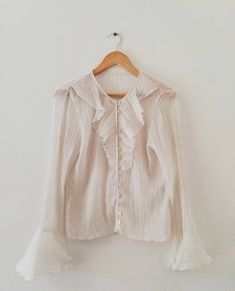 Abdinvintage Donate To Charity, Bell Sleeve Top, Ruffle Blouse, Shopping, Vintage, Tops, Women, Style, Fashion