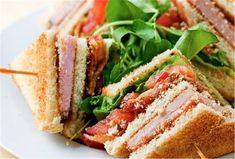 Club Sandwich recipes - The Classic Club Sandwich. Sandwiches, Sandwich Bar, Sandwich Ideas, Finger Food Appetizers, Finger Foods, Appetizer Recipes, Cookbook Recipes, Wine Recipes, Cooking Recipes
