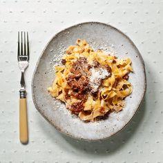 Tagliatelle alla bolognese by @elosoconbotas