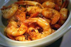 La meilleure recette de Crevettes sautées à l'ail, curry, gingembre et Sauce Soja! L'essayer, c'est l'adopter! 4.7/5 (19 votes), 51 Commentaires. Ingrédients: Des crevettes roses, Une cuillère à café de curry, Une cuillère à café de gingembre, 1 gousse d'ail, 3 cuillères à soupe de sauce soja, Le jus d'un citron vert, Poivre, Huile d'arachide