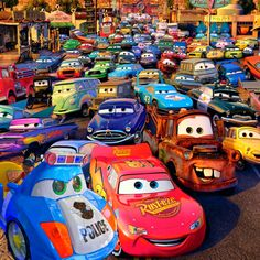32 Trendy ideas for cars pixar movie disney Disney Pixar Cars, Disney Movies, Walt Disney, Vintage Jeep, Cars 3 Characters, Disney Cars Wallpaper, Cars 2 Movie, Cars 3 Lightning Mcqueen, Car Posters