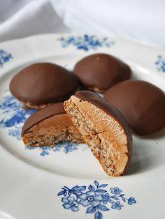 Chokladbiskvier med hasselnötter