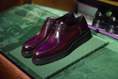 Shop our range of designer shoes, bags and accessories today on the official Bally online store. Discover the latest collection for men and women. Winter 2017, Fall Winter, Autumn, Aw17, Shoe Game, Designer Shoes, Presentation, Oxford Shoes, Dress Shoes