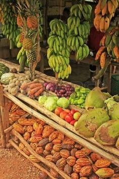Puesto de frutas en un pequeño pueblo, Península de Samaná, República Dominicana