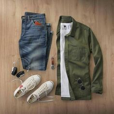 White sneakers and t shirt with khaki over hairy and jeans. Perfect chilled cool