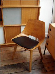 Pierre Guariche 'tonneau' chair, Amsterdam 1954