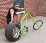 I've been looking at making one of these for a while... AtomicZombie.com offers recumbent bicycle plans - from their gallery: OverKill Phat Ass Extreme Chopper Bicycle Spokes, Recumbent Bicycle, Great Leg Workouts, Recycled Bike Parts, Velo Design, Electric Bike Kits, Lowrider Bicycle, Chopper Bike, Buy Bike