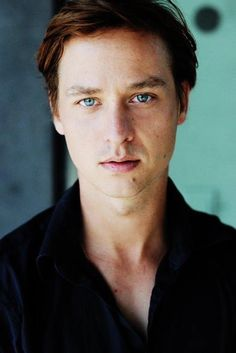 Crushing hard on Tom Schilling