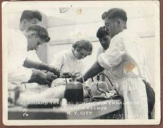 12-original-1940-photos-Renouard-Training-School-for-Embalmers-undertakers