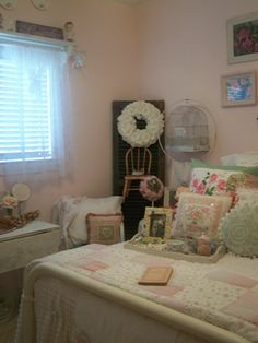 Pink cottage guest room (from Cherry Hill Cottage)