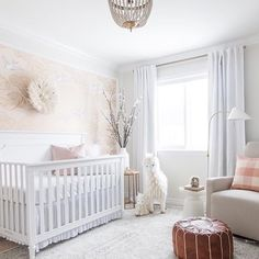 Girl Nursery Ideas - Bring your baby girl house to an adorable and practical nursery. Right here are some child girl nursery design ideas for all of your design, bed linens, and also furniture . Baby Bedroom, Baby Room Decor, Nursery Room, Kids Bedroom, Baby Nursery Ideas For Girl, Baby Room Neutral, Nursery Neutral, Blush Nursery, White Nursery