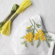 Diy Embroidery Patterns, Hand Embroidery Videos, Hand Embroidery Tutorial, Embroidery On Clothes, Embroidery Flowers Pattern, Hand Embroidery Stitches, Sewing Patterns, Henna Patterns, Diy Masque
