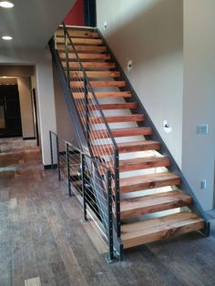 Fast stairs canadian company that sells 39 stringer 39 stair for Pre built stairs interior