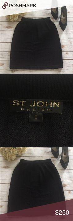 ST JOHN PENCIL SKIRT St John is an iconic luxury brand. The skirt has stretch waist. EUC St John Skirts Midi